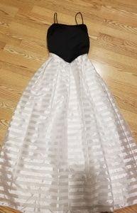 Dresses & Skirts - Prom /wedding dress